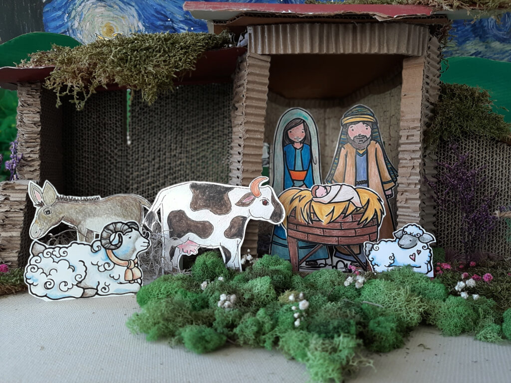 Let's make it a D.I.Y., family and Christ-centered Christmas!